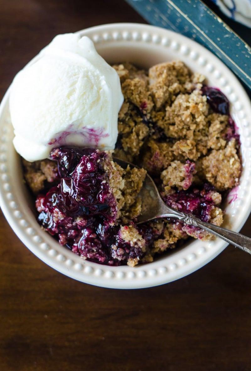 Blueberry-Crisp
