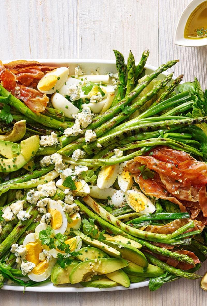 Grilled-Asparagus-Prosciutto-Cobb-Salad